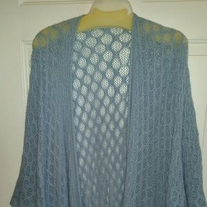 Very nice blue Kimono large arms and fringe on